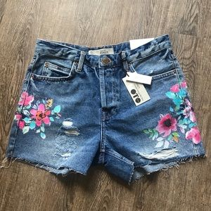 TOPSHOP mid rise painted floral fray jean shorts
